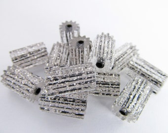 20 Vintage 12x8 Lucite Silver Glitter Black Tube Beads Bd269
