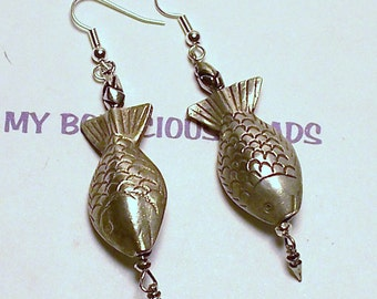 "Handmade 3"" Dangle FISH EARRINGS Bali Silver Fish  Accent Beads and Wires"