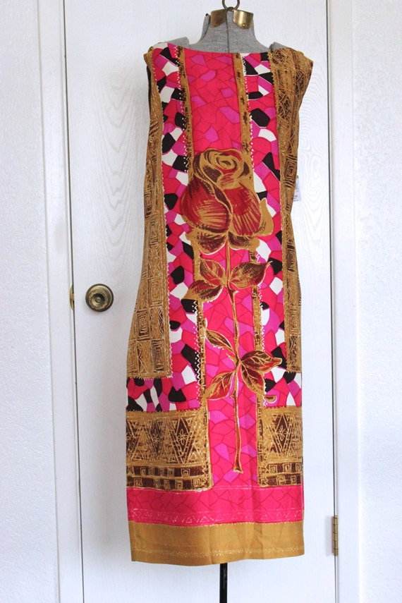 Unique 1960s Abstract Sleeveless Shift Dress