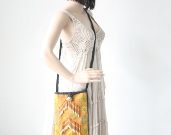 Vintage HMONG Cross-Over Hill Tribe Bag Fair Trade Thailand (BG428.703)