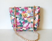 Vintage Floral Chain Strap Turnlock Bag