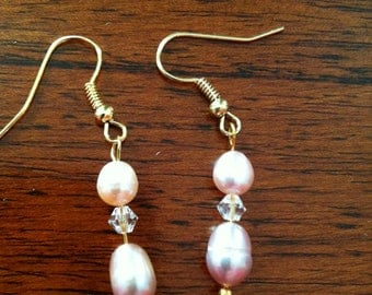 Pink pearls in 2 sizes with Swarovski crystal accents