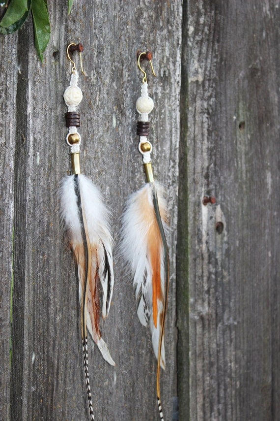 AMAZING and BEAUTIFUL Long feather earring