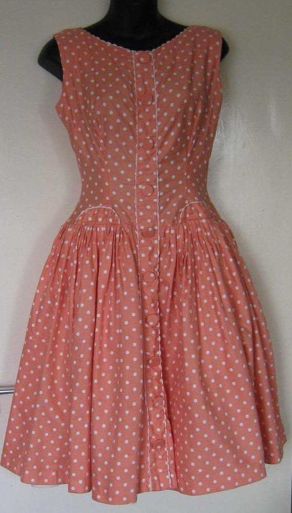 Stunning Rare 1950s Rockabilly Dress in Salmon Pink polka dot Cotton - size: UK 8/10 EU 36/38 US 6/8