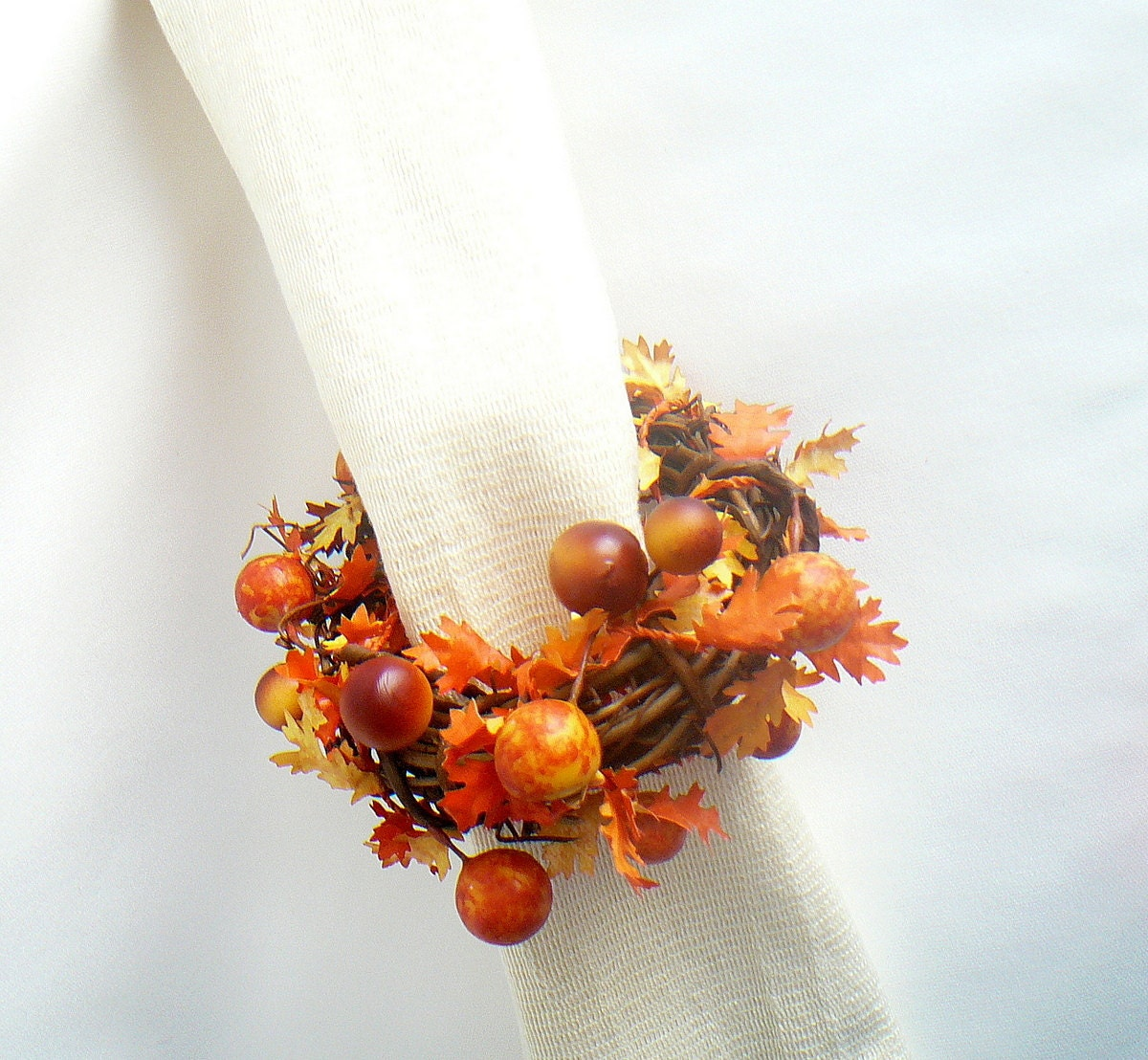 thanksgiving decorating ideas vine napkin rings rustic wedding decor