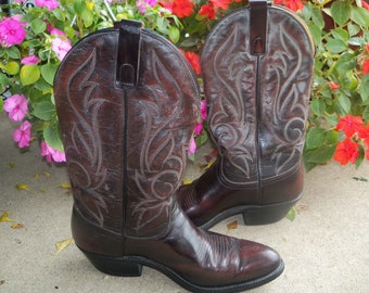 SALE Cowboy Boots Leather Laredo Burgundy Chocolate Brown VINTAGE Leather Boot