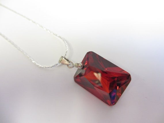 Red Glass Pendant Necklace