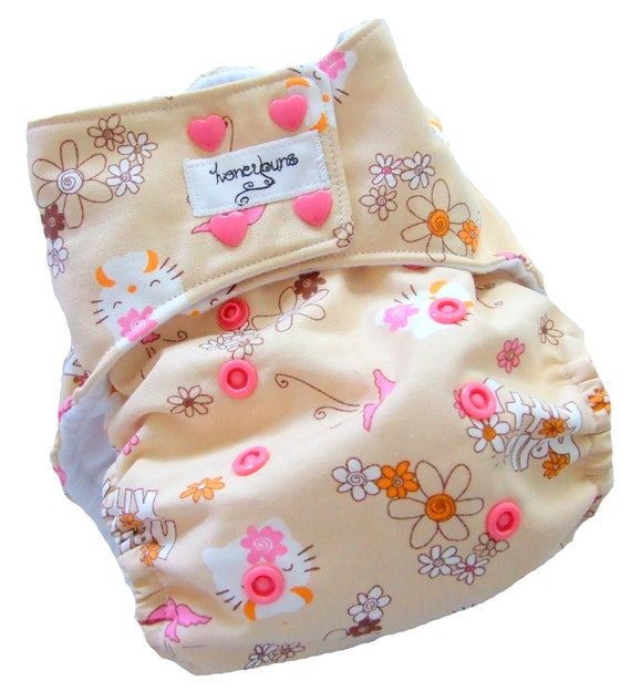 Hello Kitty One Size Pocket Cloth Diaper with Bamboo Organic Cotton inserts