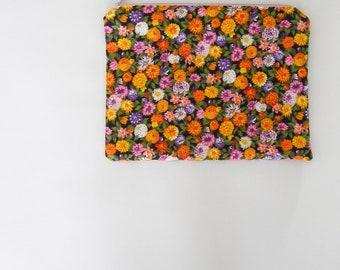 garden flower print zipper pouch - floral print clutch