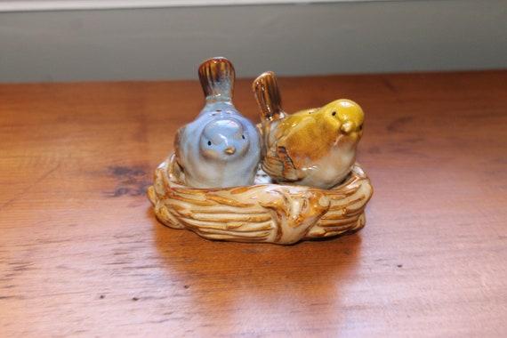Ceramic Birds In Nest Salt And Pepper Shakers
