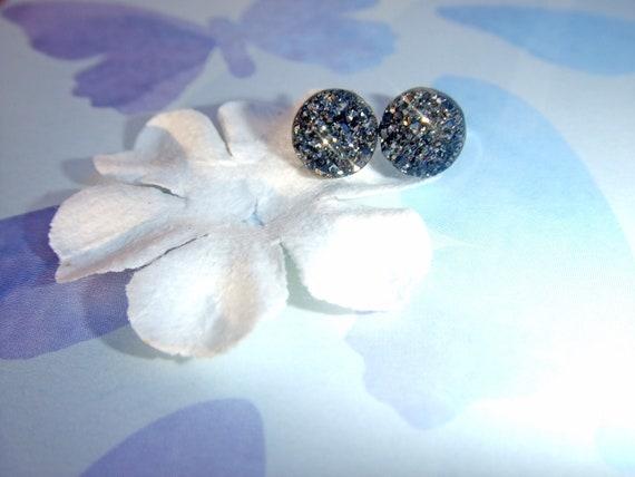 Black Druzy Earrings, Small Black Druzy Stud Earrings, Tiny Black Drusy Earrings, Druzy Button Style Earrings, Minimalist Everyday Earrings