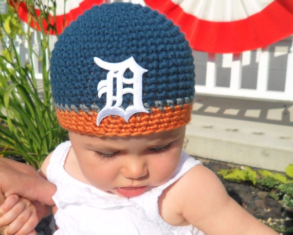 Detroit Tigers Crochet Hat in Throwback Colors by LayneCouture