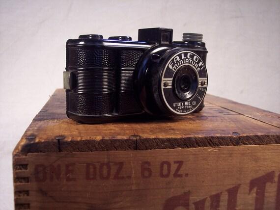 1939 Falcon Miniature Camera Utility Manufacturing New York