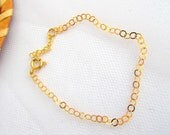 Gold chain bracelet,dainty gold bracelet, elegant  jewelry, everyday jewelry