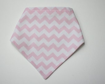 Adjustable Bandana Bib || Mini Chevron Pale Pink
