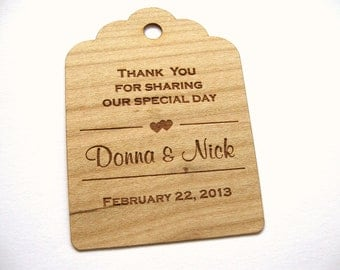 Wedding Tags (100) / Wooden Tags / Wedding Favor Tags / Gift Tags / Hang Tags / Wood tags / Custom tags  - Wood Personalize