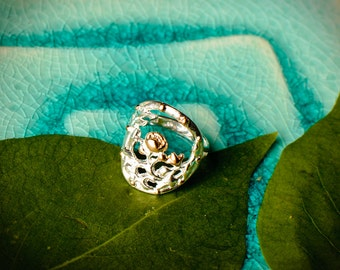 Sterling Silver Antique Button Two Tone Statement Ring - Rose Gold Flower Detail