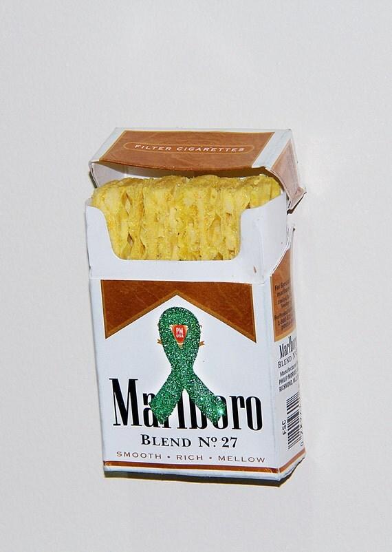 dean & deluca low calorie snack inside Marlboro box w/ Cerebral Palsy Tissue/Organ Kidney Cancer Green Ribbon Glittery Sticker (Ethical) 1/2