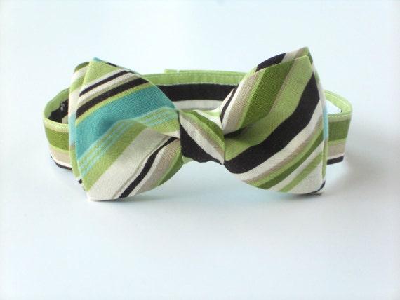 Kids green striped bow tie, spring bow tie, boys first birthday bow tie, cake smash bow tie, wedding bow tie