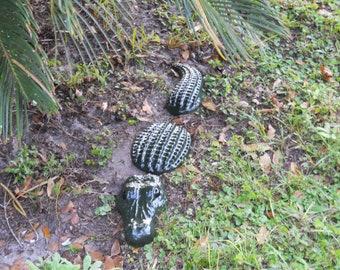 3pc Alligator Statue 32 Inches