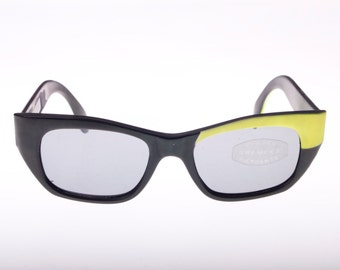 Vintage 60s asymmetrically painted cateye wayfarer sunglassses in black & yellow
