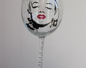 Hand Painted Wine Glass - MARILYN MONROE