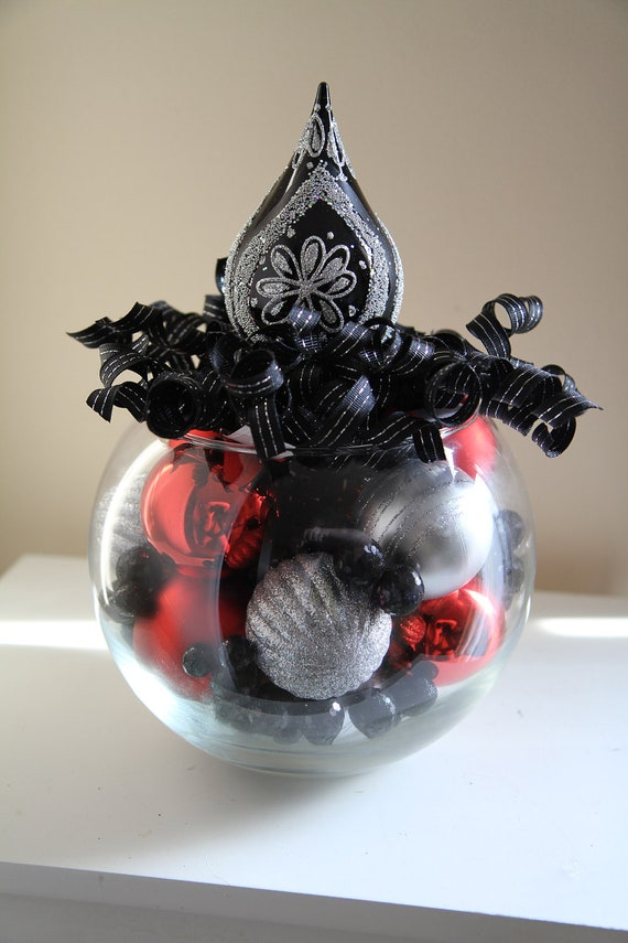 Christmas centerpiece black red and silver by - Black and silver christmas ...