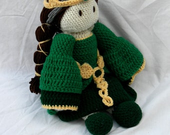 Brave Queen Elinor Crochet Doll