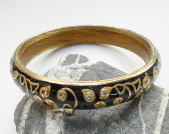Antique bangle bracelet inlaid brass and rhinestones for the 1950s Boho Girl