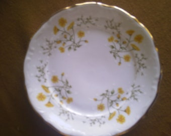 Vintage Walbrzych Scalloped China, Yellow Springtime w/Gold Trim, Made in Poland