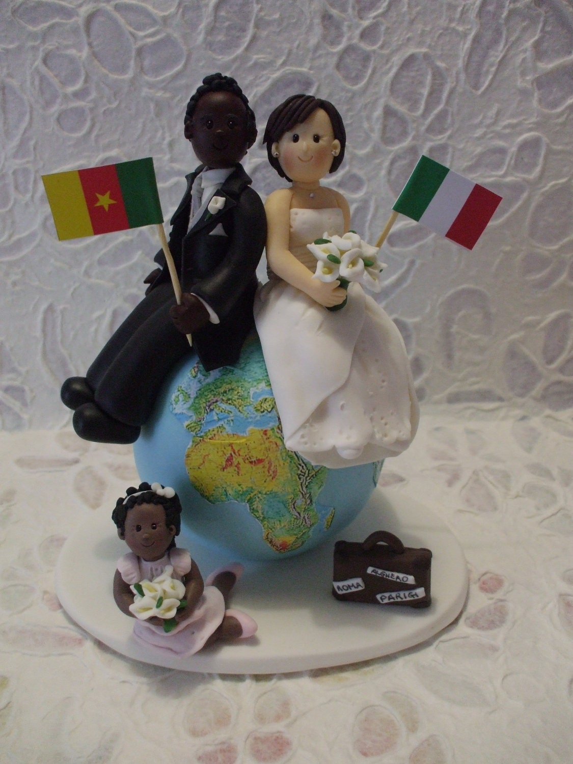 personalised wedding cake figurines custom travel family wedding cake topper by abracadabrakr 18233