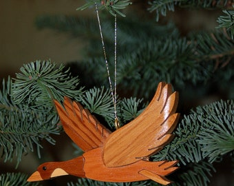 Canadian GOOSE CHRISTMAS ORNAMENT Carving. Perfect for the bird lover or hunter in your life, a nice addition to the holiday tree.