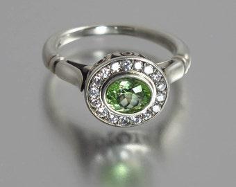 Engagement ring The SECRET DELIGHT 14k gold Green Tourmaline
