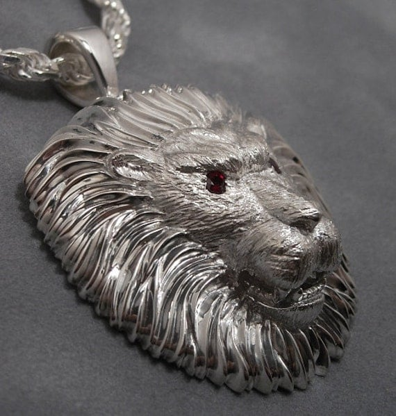 Lion head pendant- One of a kind - Ruby eyes - Sterling silver