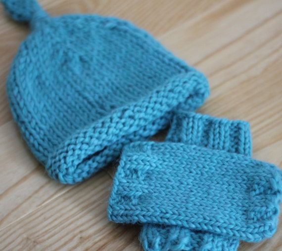 Leg Warmers Knitting Pattern Circular Needles : Knitting Pattern Newborn Baby Leg Warmers and Knot Top Hat Set, Instant Downl...