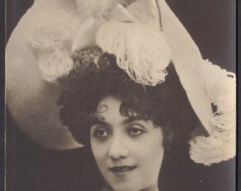 French Dancer Marie Hett, circa 1900