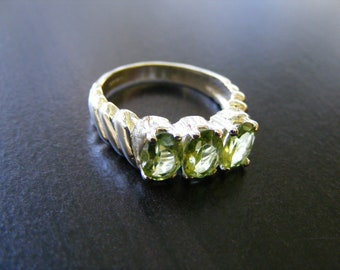 15% Off Sale.S96 New Sterling Silver Multistone Ring Mount with 3 total carats of Natural Peridot Gemstones