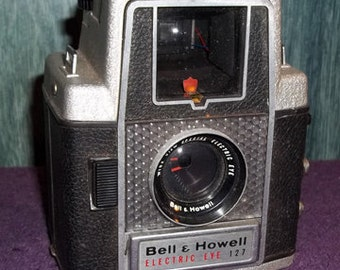 Vintage Bell & Howell Electric Eye 127 Camera,