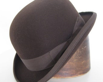 Bowler Hat in Wool Felt, Derby Hat