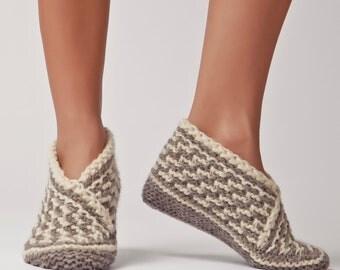 Wool Slippers, Handknit Wool Socks, Warm, Soft, Knitted Socks, Men's and Women's Slippers: Dakyo