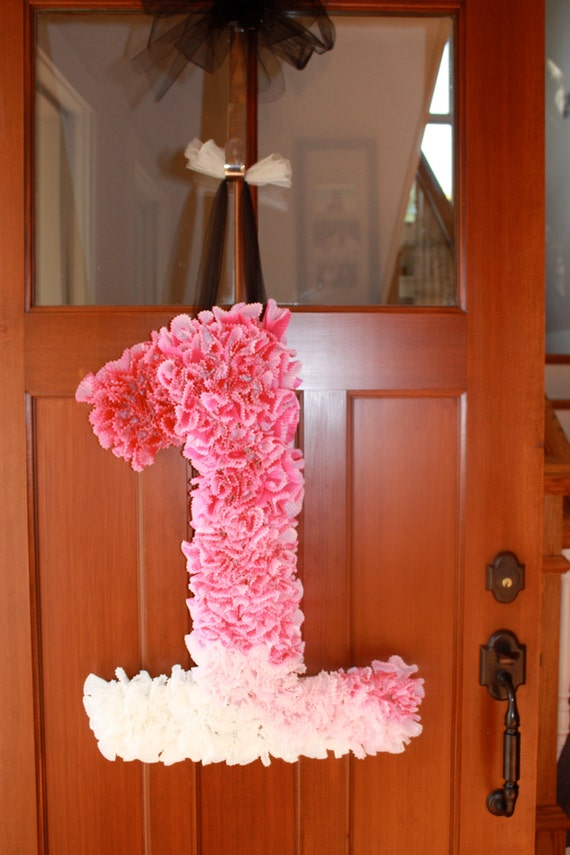 Pink ombre number 1 party decor for Number 1 decorations