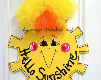 Summer Sunshine Door Hanger - Bronwyn Hanahan Art