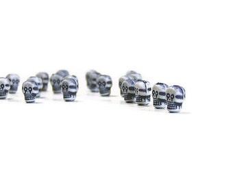 Tiny Skull Beads, Skull Beads, 9mm Beads, Small, Gray, Grey, 25 pcs, Skull, Halloween, Charms, Gothic, Goth, Day Of The Dead, Halloween Bead