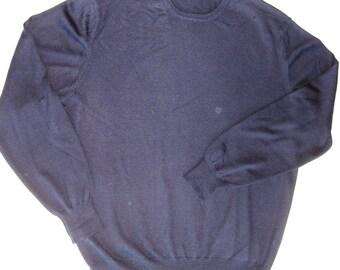 Vintage men great Wool navy blue sweater, very good price