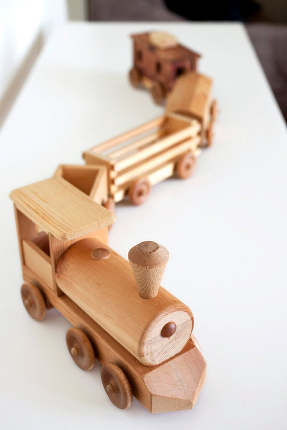 Toys Are Us Wooden Toys : Handcrafted wooden toy train set