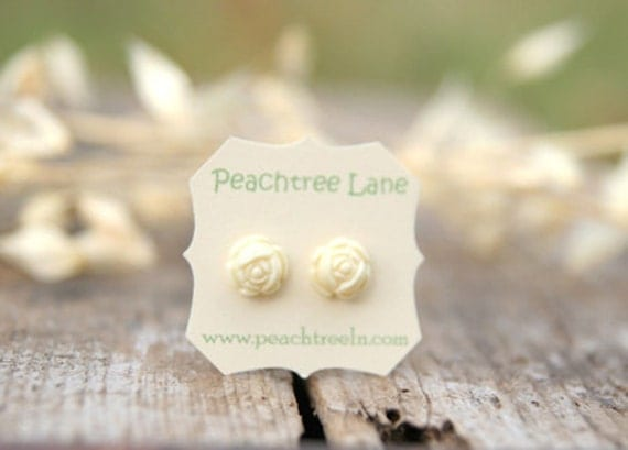 Cream Ivory Rose Flower Post Earrings // Bridesmaid Gifts // Maid of Honor Gifts >andgt; Bridesmaid Earrings