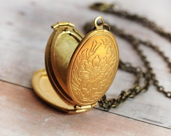 Gold Locket Jewelry Necklace Antique Locket Jewelry Mothers Day Gift Necklace Four Photo Locket Gift Jewelry
