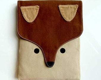 Fox iPad Case, iPad Sleeve, iPad Pouch, Vegan iPad Case, Padded iPad Sleeve, Padded iPad Case, Fabric iPad Cover, Fantastic Fox, BROWN BEIGE