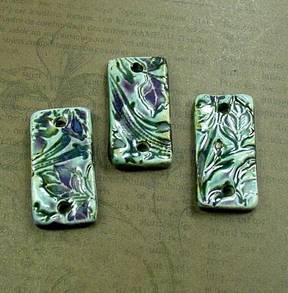 Three Ceramic Links