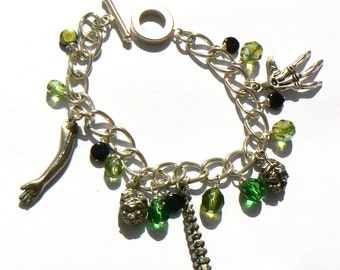 Zombie Nation Charm Bracelet inspired by horror movies. Brainsssssss!